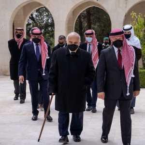 Kembali Tampil Bersama, Pangeran Hamzah Dan Raja Abdullah II Ziarah Ke Makam Raja Abdullah I