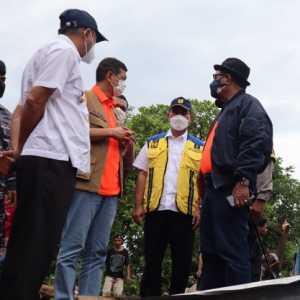 Doni Monardo Pastikan Evakuasi Korban Bencana NTT Di Daerah Terisolir Dimaksimalkan Menggunakan Helikopter