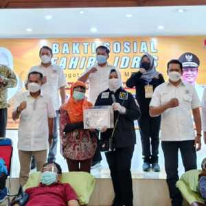 Warga Jakarta Antusias Donorkan Darahnya, Fahira Idris Balas Dengan Piagam Penghargaan