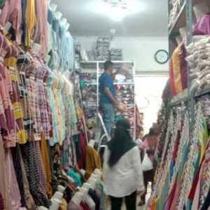 Hari Pertama Puasa, Pembeli Baju Lebaran Di Bandarlampung Sudah Meningkat