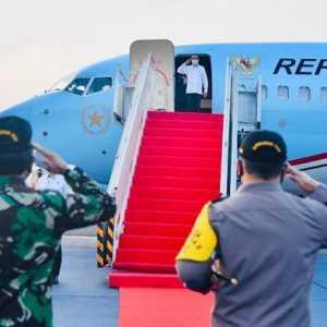 Jokowi Terbang Ke NTT, Tinjau Langsung Lokasi Terdampak Bencana