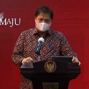 Umumkan Target Baru Jokowi Buat UMKM, Airlangga: Presiden Minta Pembiayaan Kredit Naik Jadi 30 Persen Di 2024