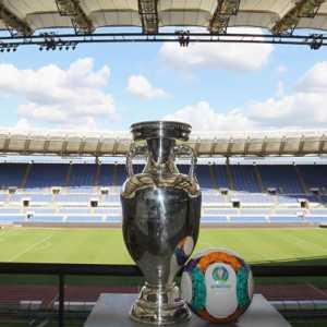 Ikuti Jejak 8 Tuan Rumah Euro 2020, Roma Pastikan Laga Di Stadion Olimpico Bisa Ditonton Langsung