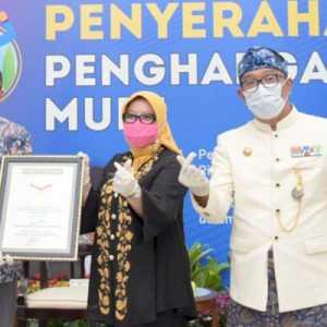Berkat Kekompakan Dan Kerja Keras, Pemprov Jabar Raih 2 Penghargaan MURI
