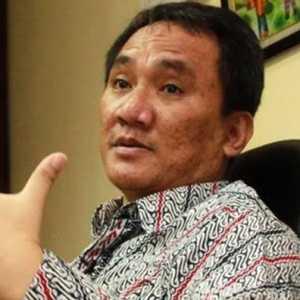 Persidangan Kerumunan, Andi Arief: Bukan Soal Hukum Tapi 'Mematikan Perlawanan' Habib Rizieq