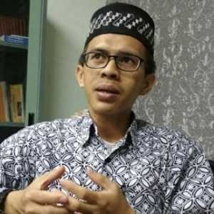 Antitesis Dari Kasus Hukum Syahganda, Ujang Komarudin: Seharusnya Staf Ahli Menkominfo Ditindak