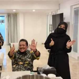 Pemilihan Ketum IA ITB Semakin Ramai, Pendukung Amelia Minta Kaos Jokowi Dikembalikan
