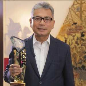 Dinobatkan <i>The Best CEO</i>, Dirut BRI: Penghargaan Ini Dipersembahkan Untuk Insan BRILIAN Di Seluruh Indonesia