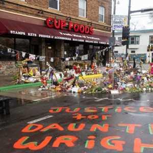 Reaksi NAACP Atas Penembakan Minnesota: Masa Polisi Tidak Bisa Bedakan Senjata Dan Taser?