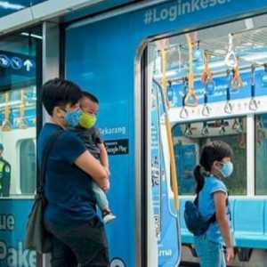 Selama Ramadhan, Penumpang MRT Boleh Buka Puasa Dalam Gerbong