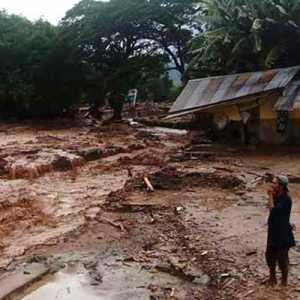 Banjir Bandang Di Kabupaten Lembata, 11 Orang Meninggal Dan 16 Dinyatakan Hilang
