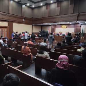 Edhy Prabowo Wajibkan Eksportir Setor Rp 1.000 Per Ekor BBL, Total Terkumpul 52 M Di Bank Garansi