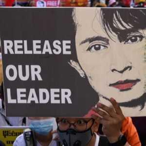 Dijerat UU Rahasia Myanmar, Aung San Suu Kyi Terancam 14 Tahun Bui