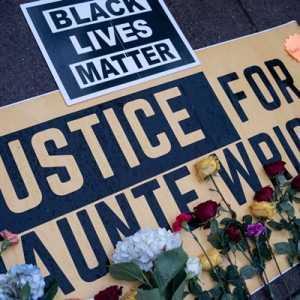 Alami  Tragedi Yang Sama, Keluarga Floyd Sampaikan Duka Cita Untuk Keluarga Wright