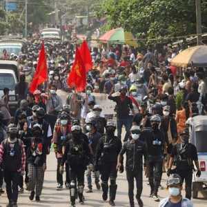 Junta Myanmar Bebaskan Dua Warga Australia Yang Ditahan Selama Kudeta