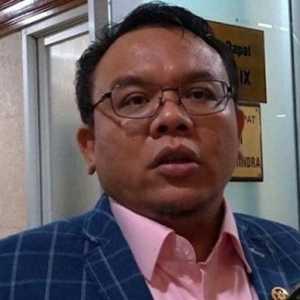 Saleh Daulay: Sebetulnya Banyak Peminat, Tetapi Dibatasi Karena Uji Klinis Fase Dua Vaksin Nusantara