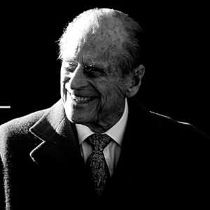 Pangeran Charles Kunjungi Ibunya Ratu Elizabeth Yang Berduka Setelah Kematian Pangeran Philip