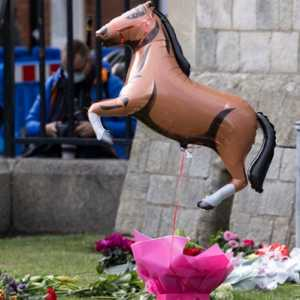 Dunia Pacuan Kuda Berduka, Beri Penghormatan Terakhir Kepada 'Penunggang Kuda Paling Berkomitmen' Pangeran Philip