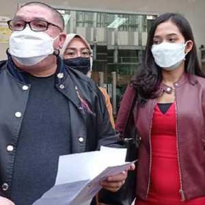 Mundur Sebagai Kuasa Hukum Moeldoko Cs, Razman Nasution Beralih Dampingi Model Era Setyowati