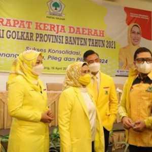 Teriakan 'Airlangga Presiden' Menggema Di Rakerda Golkar Banten