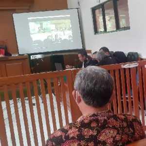 Syahganda Bacakan Pledoi Hari Ini, Gatot Nurmantyo Dan Aktivis ProDEM Hadir Fisik Di Ruang Sidang