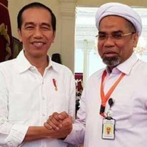 Sering Pasang Badan Dan Jadi Bumper Jokowi, Alasan Ali Ngabalin Pas Gantikan Moeldoko