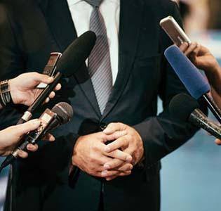 Fraksi PAN: Sebaiknya Ada Pergantian Ketua DPR